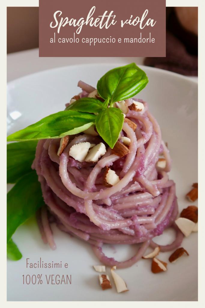 Spaghetti Viola: Sugo al Cavolo Cappuccio e Mandorle